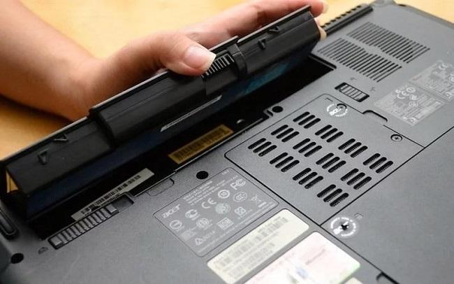 cac-sua-pin-laptop-bi-chai-khong-vao-pin